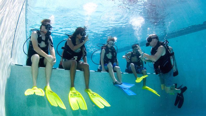 沖縄でダイビングのライセンスがとれるダイビングスクール