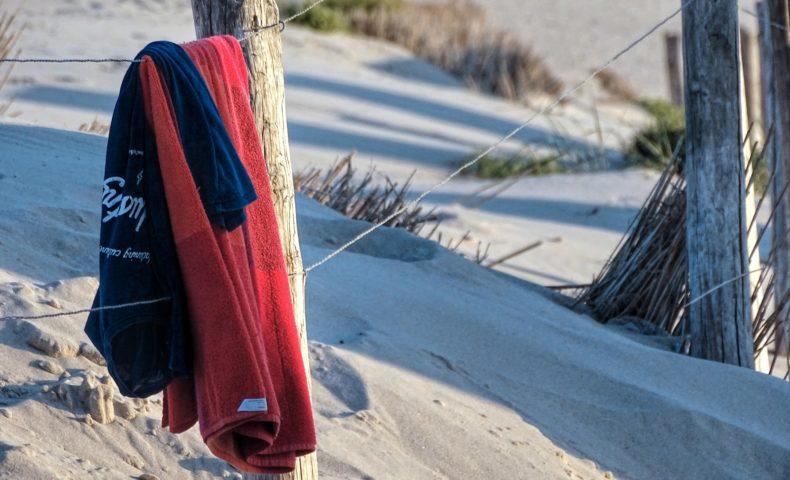 おすすめのビーチタオル12選|話題のラウンドビーチタオルも紹介