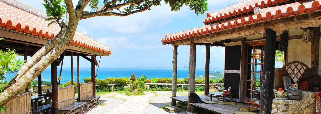沖縄で人気のオーシャンビューレストラン 花人逢