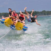 あなたもハマる!?バナナボートの魅力と全国のおすすめ体験スポット