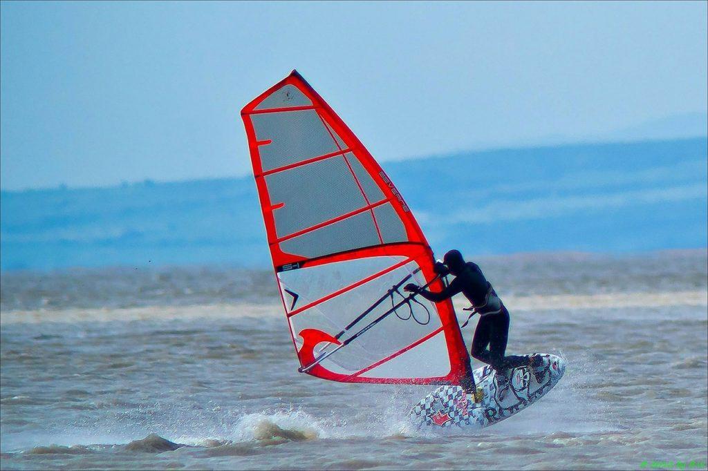 ウインドサーフィン セーリング