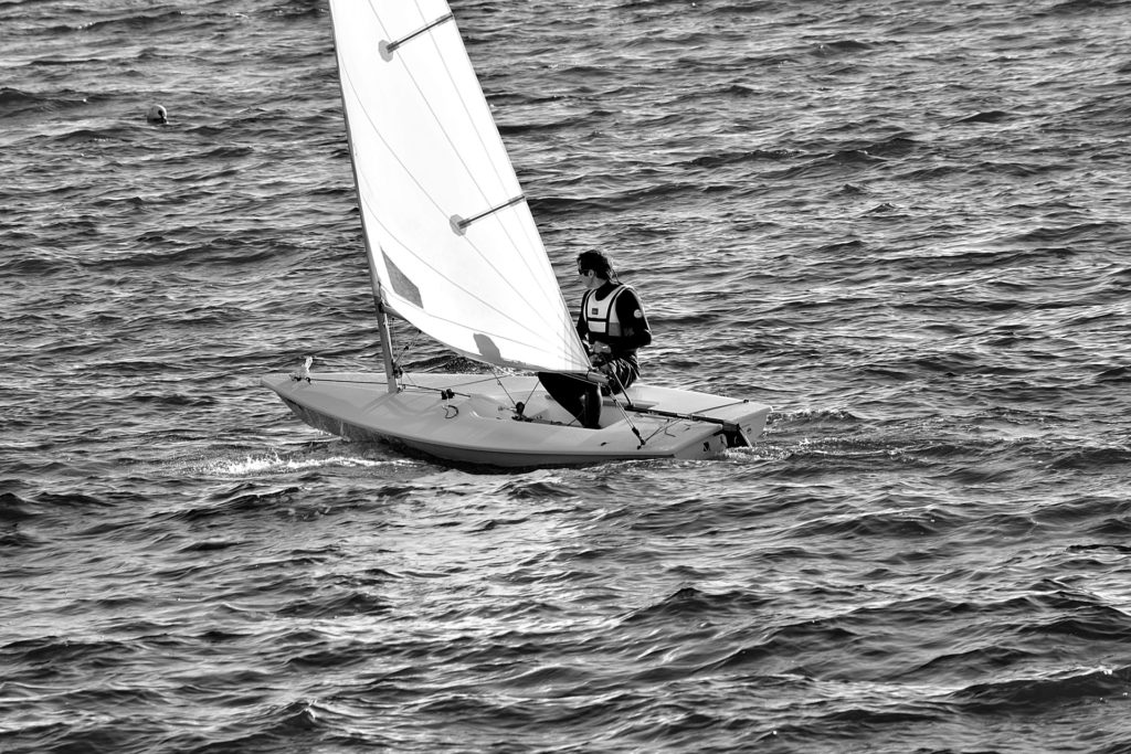 小型ヨット(ディンギータイプ)