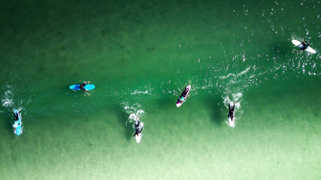 サーフィン 衝突事故