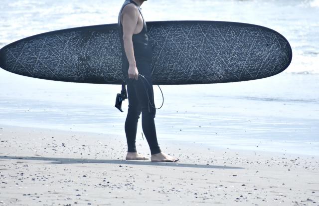 サーフィン ウェア
