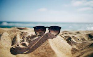 【メンズ】海でかけたい人気ブランドのおすすめサングラス8選