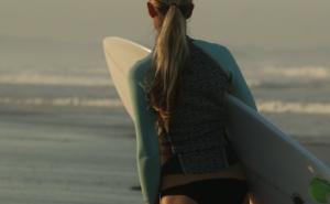 サーフィンで着れる!人気ブランドのおすすめタッパー8選