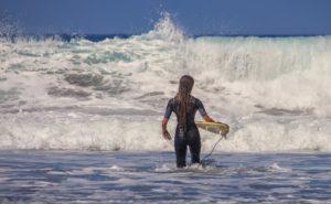 サーフィンってどんな格好ですればよいの?